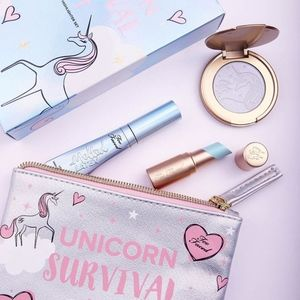 TOO FACED UNICORN SURVIVAL KIT MYSTICAL LIP & HIGH